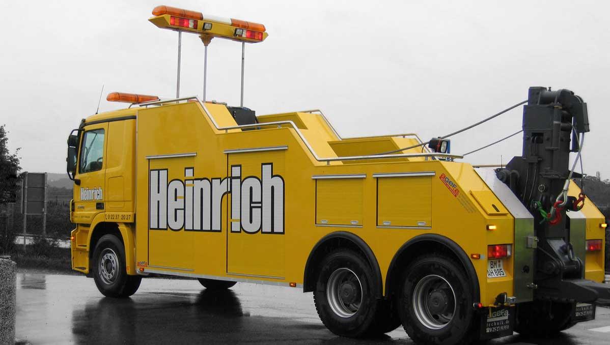 Wagen 1 hinten - Abschleppdienst Heinrich